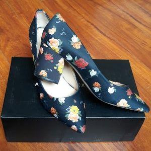 Athena Alexander shoes size 8
